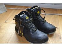Size 9 Amblers waterproof safety boots