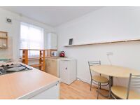 EXCELLENTLY LOCATED & SPACIOUS STUDIO APARTMENT CENTRALLY PLACED FOR BOTH CAMDEN & KENTISH TOWN
