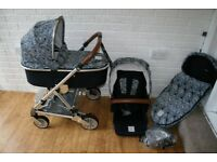 Mamas and Papas Urbo 2 Special Edition Liberty pram travel system 3 in 1 *can post*