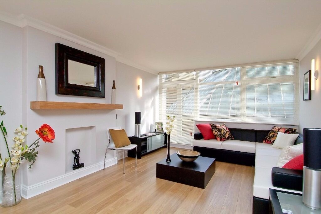 Two bedroom, split level apartment, Elystan Place, SW3