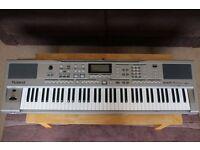 Roland EXR-7 Keyboard - 76 note touch sensitive keys