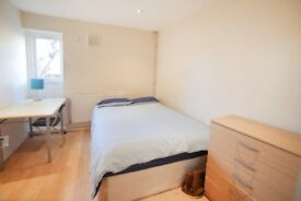 ch_Two Rooms for 2 best friends! #MILE END#