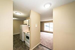 Pembroke Estates - 8630-182 St. NW Edmonton Edmonton Area image 2
