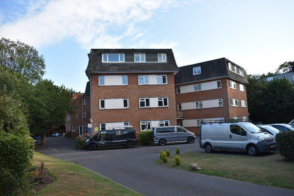2 Bedroom Top Floor Flat To Rent Bournemouth 900 Pcm