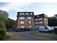 2 bedroom top floor flat to Rent - Bournemouth - £925 PCM