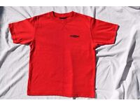 """x2 Vintage Umbro Small Boys or Girls Red & White T-Shirt Tops C35"""" & C36"""""""