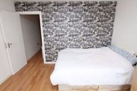 Double room available now 10 min from London Bridge
