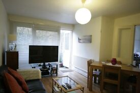Stunning 2 bed Garden flat- Oval- Only 370pw!