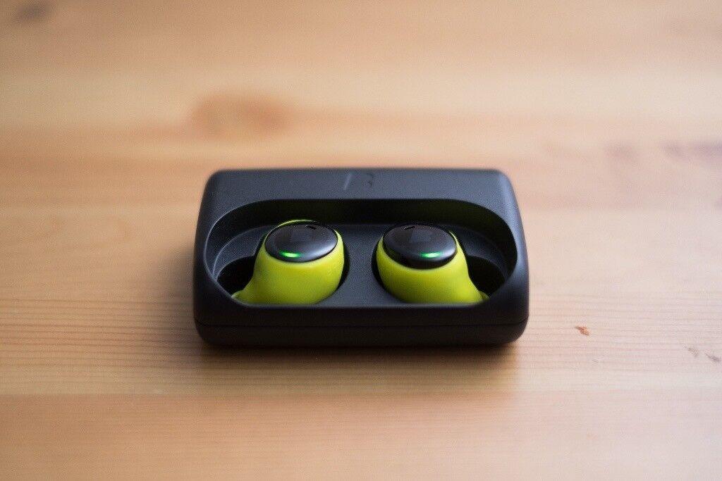 Bragi The Dash - Black, Bluetooth headphones earphones activity tracker