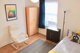 ## Large Single Room to Rent for working Professional/Student ##
