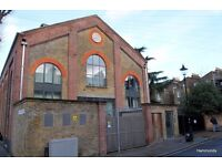 Stunning 2 bed modern apartment in period conversion - 07825214488