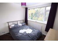 """CAN'T MISS THIS!! AMAZINGLY BRIGHT ROOM IN BERMONDSEY !""""!"""