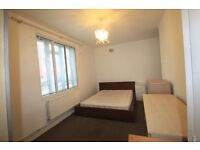 LOVELY DOUBLE ROOM TO RENT FOR A SINGLE USE IN CENTRAL LONDON CLOSE TO THE TUBE STATION. 13S