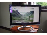 "Advent X19W 19"" Widescreen LCD Monitor"