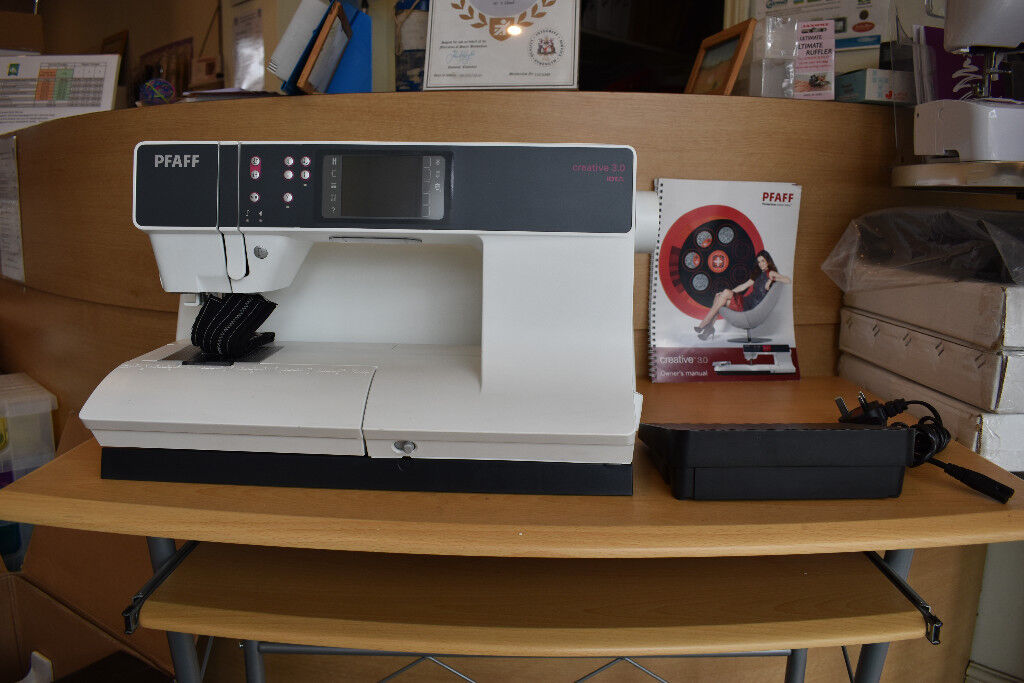 Pfaff Creative 44040 In Rochdale Manchester Gumtree Stunning Pfaff Creative 30 Sewing Machine