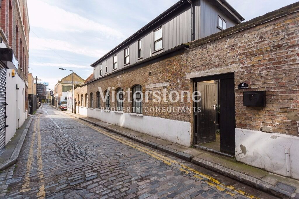 FACTORY CONVERSION 2 BEDROOM APARTMENT WHITECHAPEL BRICK LANE LIVERPOOL STREET