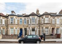 Well presented and Spacious Victorian 4 Double Bedroom House on Corrance Road £800pw