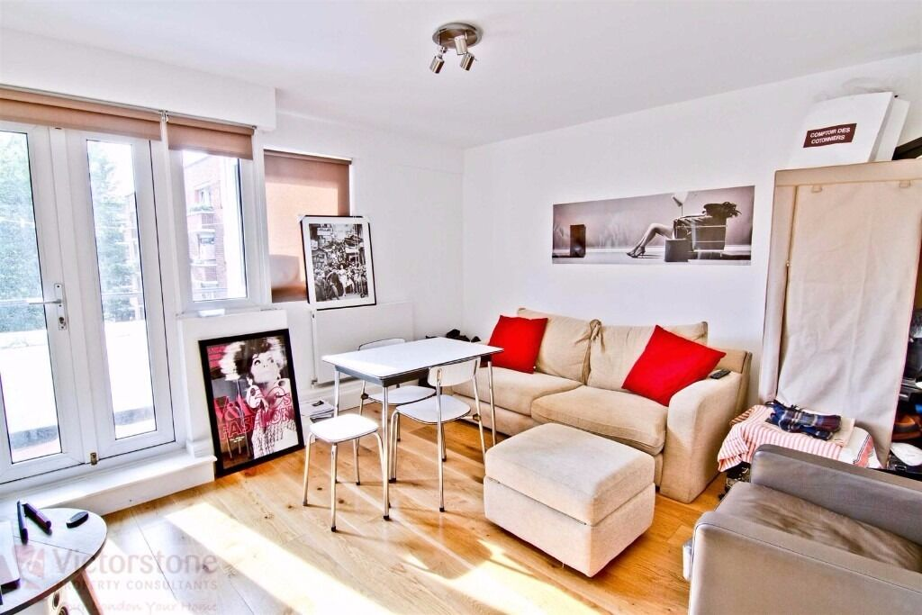 MUST SEE 2 DOUBLE BEDROOM APARTMENT GREAT VALUE 2 MINS TO BRICK LANE 5 MINS TO LIVERPOOL STREET