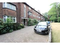 Beautiful 2 bed house HUGE LIVING SPACE AND PARKING ++ FINCHLEY CENTRAL ++ TESCO ++ GYM
