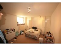 3 Double Bedroom, Oval   Great Price!