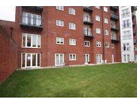 Studio Apartment with Parking Exeter City Centre to Rent EX4 4HL