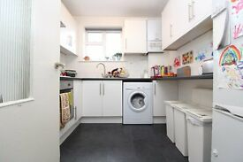 Spacious two double bedroom unfurnished apartment in Muswell Hill, N10