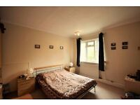 Two bedroom property in Grove Park