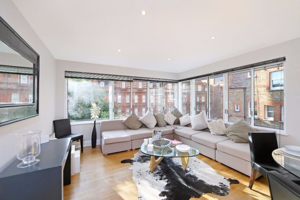 2 bed apartment, Lower Sloane Street, SW1W