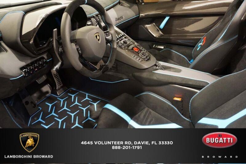 Image 8 Coche Americano usado Lamborghini  2020