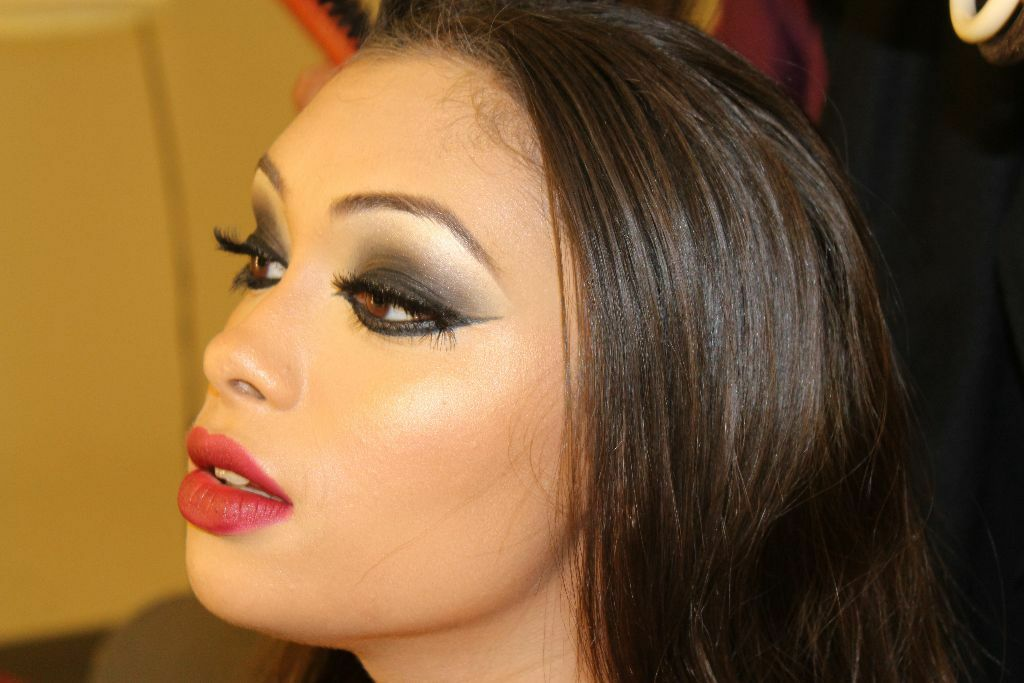 Hair And Makeup Artistry: Makeup Artist Specialising In Bridal Or Party Hair And