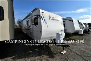 2011 FOREST RIVER WILDCAT 29FKS (couples)