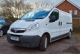 Vauxhall Vivaro Van, Factory Fitted Bulkhead, Ply-lined, Side loading door. Long wheel-base,