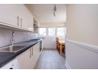 £450 per week! Archway - 4 bedroom flat with outside space with HOT WATER AND HEATING INCLUDED.