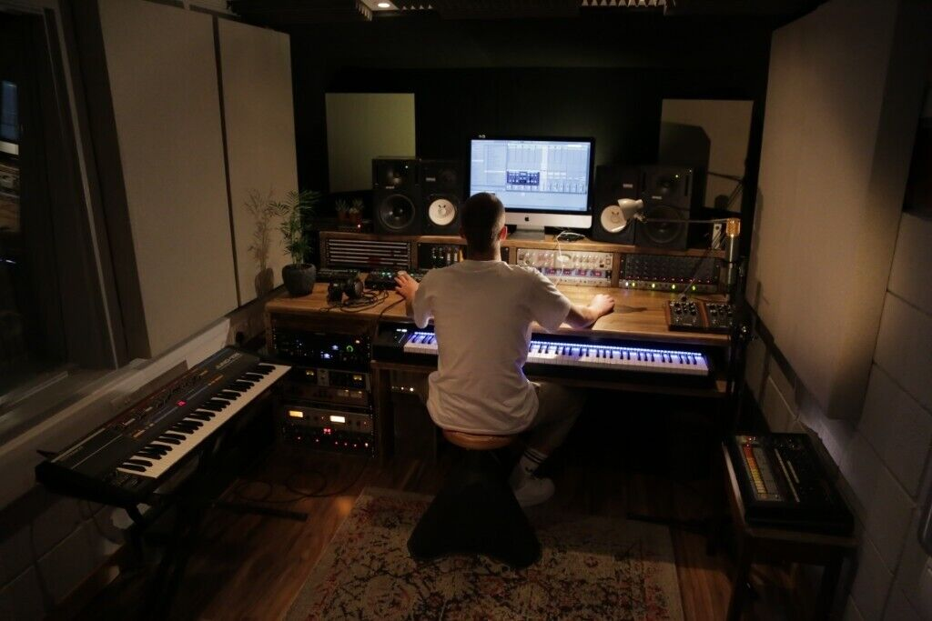 1 to 1 Music Production Lessons In Top London Studio - Ableton Live