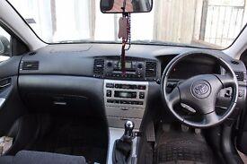 Toyota Corolla 1.4 - Hatchback 2004 - VvTi T-Spirit 5dr - Manual - Black - Ilford, East London