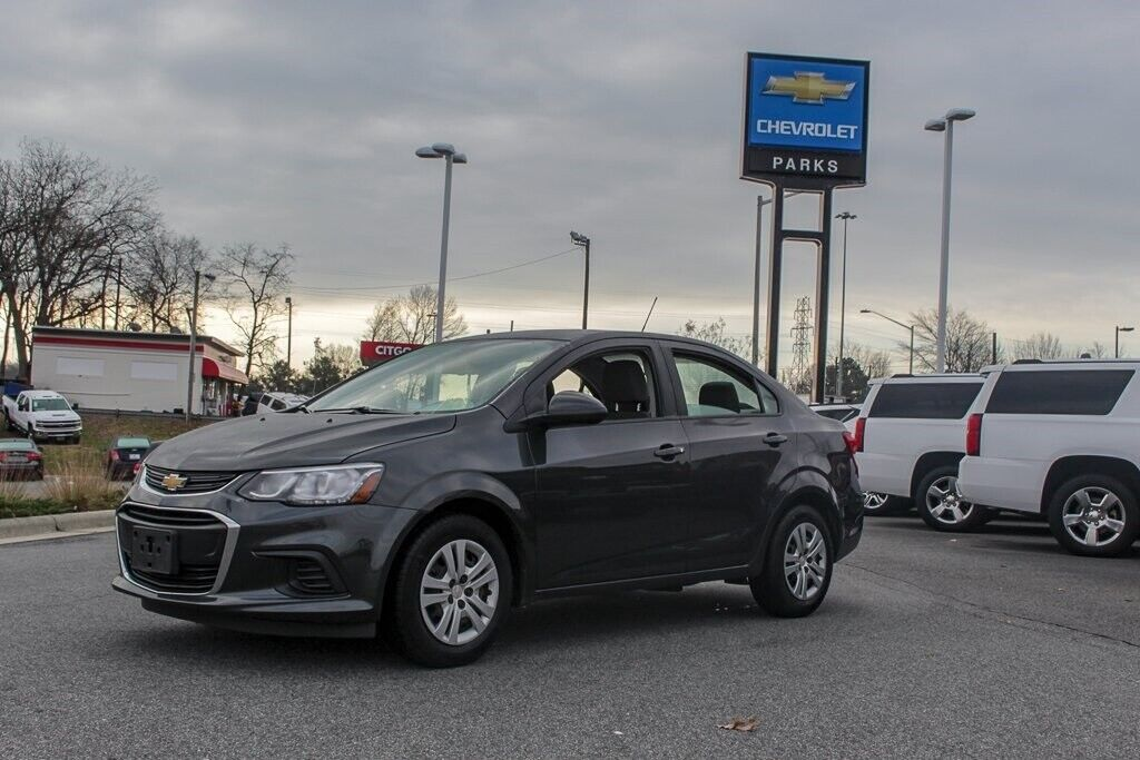 Owner 2017 Chevrolet Sonic LS