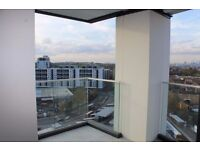 @ Stunning two bedroom 12th floor apartment - amazing views - seconds from DLR - Lewisham/Deptford