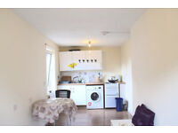 INCLUSIVE OF HEATING & HOT WATER RATES!!! Cosy 2 double bedrooms flat near King's Cross