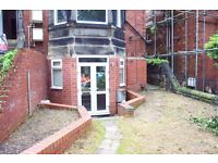 MALE FLATSHARE: Headingly, Leeds,£350 per Month,