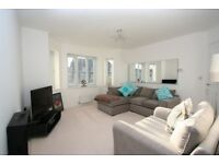 **PART FURNISHED** TWO BEDROOM FLAT LOCATED IN UB10 WITH A GARDEN LOCAL AMENITIES CHECK IT OUT!!