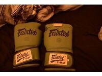 Fairtex F-DAY Boxing Glover Green 16oz £55 ono