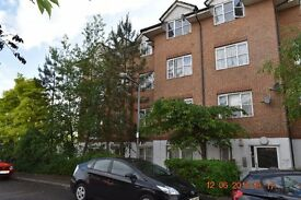 Superb two bedroom ground floor flat to let on Lavender place Ilford - With Garden - Purpose Builtft