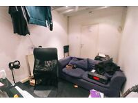 Great Value City Centre Studio | High Speed Internet | Monthly Rolling Contract | A9