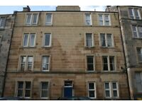 Superb Central Upgraded Furnished Flat at 20/16 Caledonian Crescent, Dalry at £675 PCM
