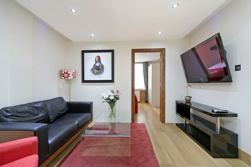 Two bedroom flat for long let in marble arch top luxury.