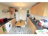 Nice single room available now in Kentish Town!! **PRIVATE BALCONY*