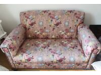 Laura Ashley Floral Fabric Print Suite / 2 seater sofa + 2x Armchairs