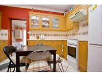 Must View 2 Bedroom Terraced House With Garden In Pitchford Street E15 Mins From Tube Bus & DLR