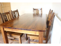 Beautiful solid wood table and 6 chairs, lovely condition and really good quality