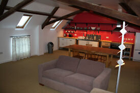 Large furnished double room to let in barn conversion, in easy walking distance of taunton centre.